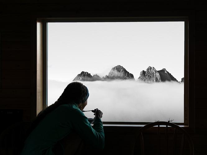 03VI-FinnBattersby-Triple peak from Hišimy̓awiƛ hut